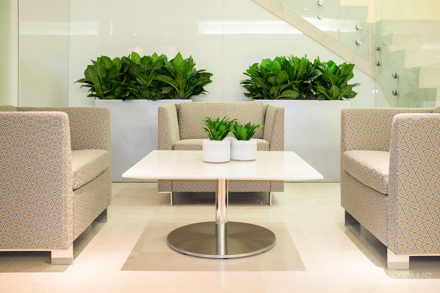 in out green office interior design
